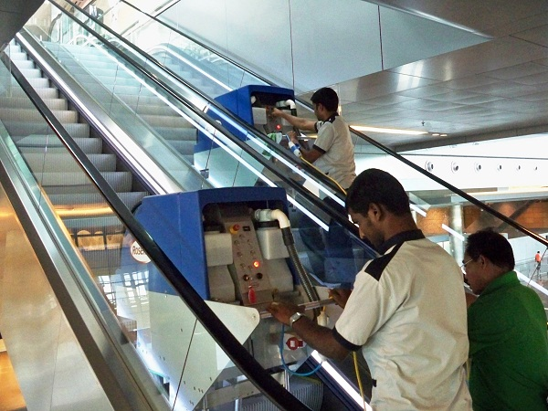 Escalator Cleaning Machine Facility Management Services